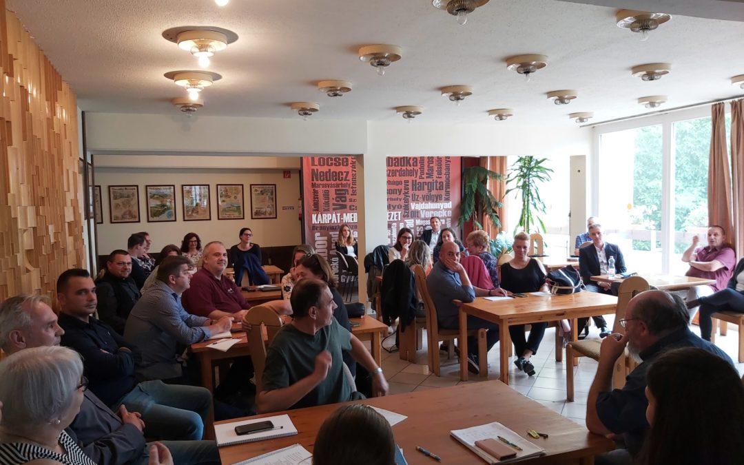 Stratégiai megbeszélésre gyűltek össze a Magyar Házak munkatársai Szegeden